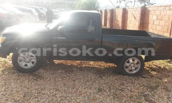 Acheter Voiture Toyota Tacoma Vert à Kigali en Rwanda