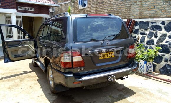 Acheter Voiture Toyota Land Cruiser Gris à Gicumbi en Rwanda