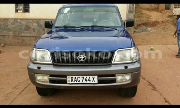 Acheter Voiture Toyota Land Cruiser Bleu à Kigali en Rwanda
