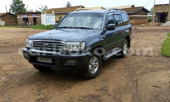Acheter Voiture Toyota Land Cruiser Noir à Huye en Rwanda