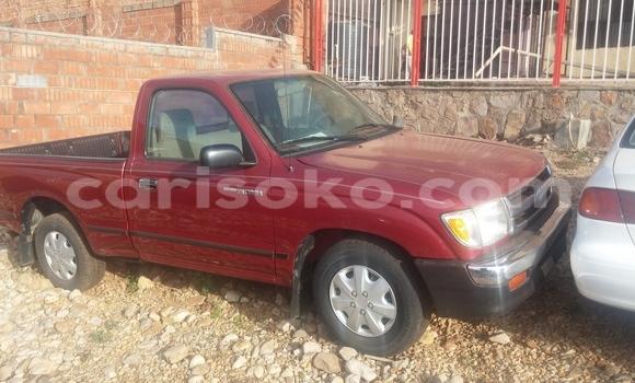 Acheter Voiture Toyota Tacoma Rouge à Kigali en Rwanda