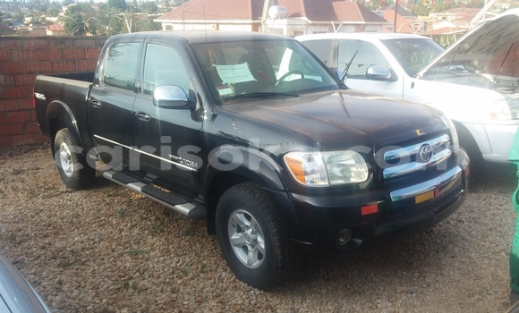 Acheter Voiture Toyota Tundra Noir à Kigali en Rwanda