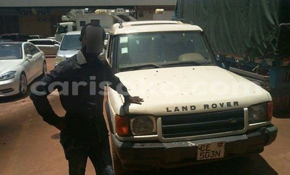 Acheter Voiture Land Rover Discovery Blanc à Kigali en Rwanda