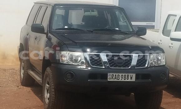 Acheter Voiture Nissan Patrol Noir à Kigali en Rwanda