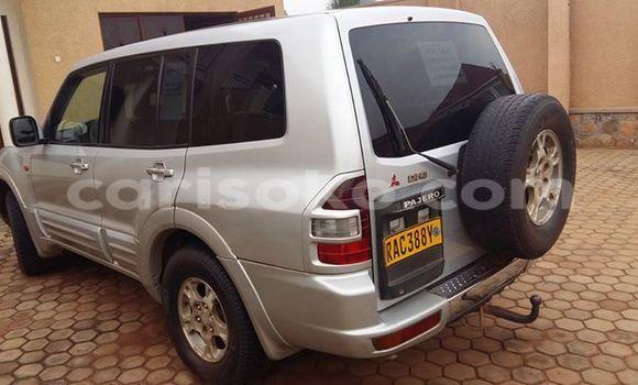 Acheter Voiture Mitsubishi Pajero Gris à Gicumbi en Rwanda