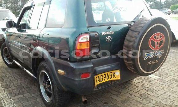 Acheter Voiture Toyota RAV4 Vert à Gicumbi en Rwanda