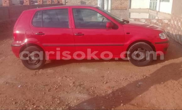 Acheter Voiture Volkswagen Polo Rouge à Kigali en Rwanda