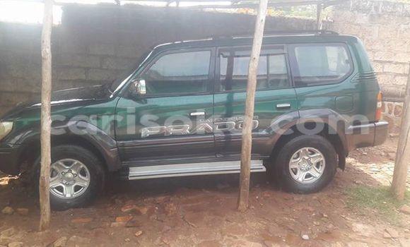 Acheter Voiture Toyota Land Cruiser Vert à Gicumbi en Rwanda