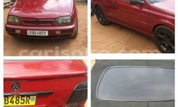 Acheter Voiture Volkswagen Golf Rouge à Gicumbi en Rwanda