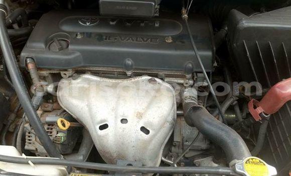 Acheter Voiture Toyota Avensis Noir à Gicumbi en Rwanda