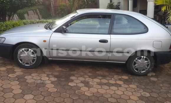 Acheter Voiture Toyota Corolla Gris à Kigali en Rwanda